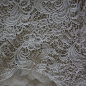 H&M Tops - white lace crop top H&M size M short sleeve